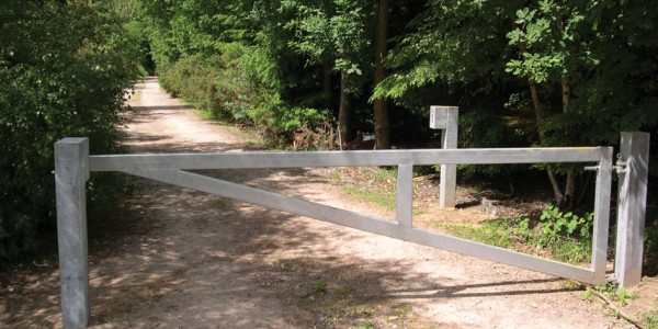 Heavy Duty Triangular Vehicle Barrier