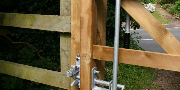 EASY LATCH for 1 Way Gate
